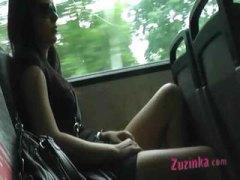 السمراوات, في الحافلة, تشيكيات, نكاح اليد, خارج المنزل