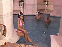 شرجى, السمراوات, نيك مزدوج, حمام السباحة, نيك ثلاثى, مص