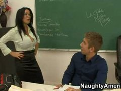 سينا وست, أول مرة, نيك قوى, المعلم