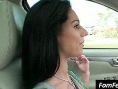 هواه, بنات جميلات, السمراوات, صدور عالية, في السيارة