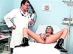 الطبيب, طبيب النساء, غريب جداً, كساس, منظار, كساس واسعة