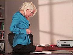 شقراوات, ملابس داخلية, في المكتب, كساس حليقة