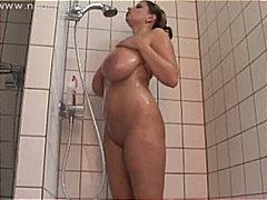 هواه, السمراوات, كساس حليقة, نهود كبيرة, حمام