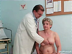 الطبيب, مسنات, طبيب النساء, أفلام منزلية, غريب جداً