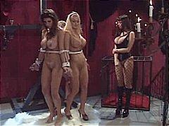 rollenspiele, bondage, latex, lesbisch, sklave