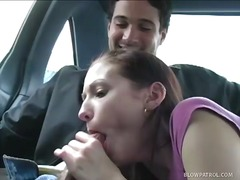 مص, في السيارة, تستمنى زبه بيدها, نيك قوى, فموى