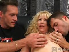 loura, madura, realidade, sexo a três