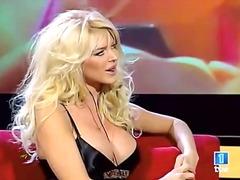 blonde, celebrity, public, solo, girl-on-girl, caucasian, big-tits