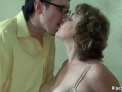 брюнетки, жесткий секс, зрелые, оральный
