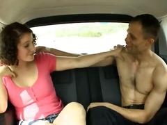 بنات جميلات, السمراوات, في السيارة, زوجان, كس مشعر