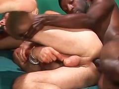 seks analny, biseksualizm, wibratory, fetysze, hardkor, trójka, sztuczny penis, fellatio
