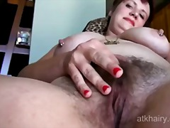robusta, gorda, peluda, masturbação