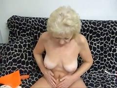 oma, masturbatie, strippen