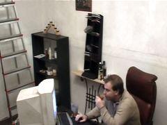 брюнетки, жесткий секс, скрытая камера, в офисе