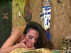 არიელა ფერერა, სექსაობა