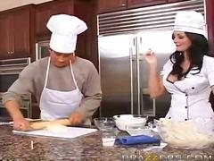 keuken, sexy moeder, tieten