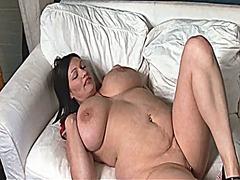 mulher bonita grande, primeiro plano, lésbica